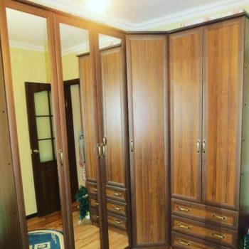 Гардеробная, угловые шкафы на заказ #зеркальныйшкаф #угловойшкаф #назаказ