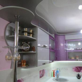 Очень нежная кухня с плавными линиями была изготовлена индивидуально для наших клиентов! #мебельподзаказ #нашакухня #kuhninazakaz #мебельныисалон #мебельдлядома
