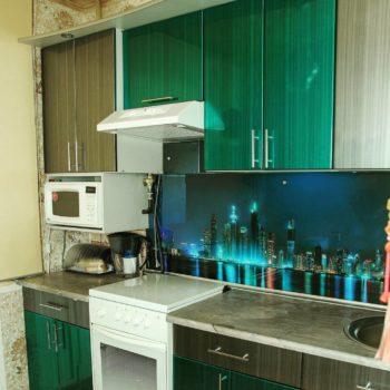 Серо-зеленая прямая #кухниназаказ