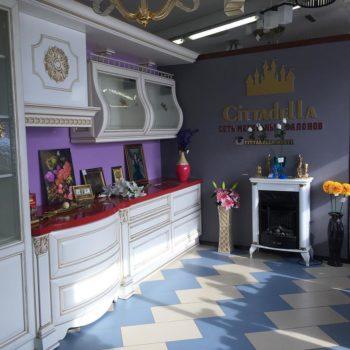 Вот так выглядит выставка нашего салона в красивом и просторном магазине @artdestyle Здесь вы можете найти много необычных и интересных решений для декора вашего дома! Всем советуем посетить